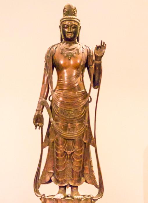 どうぞうしょうかんのんぼさつりゅうぞう原品:奈良薬師寺飛鳥~奈良時代(7~8世紀)国立博物館本館