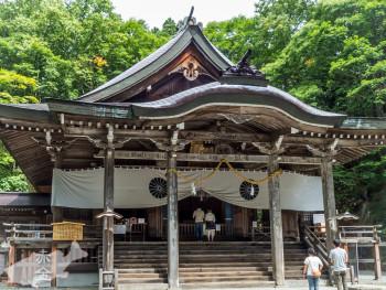 戸隠中社拝殿