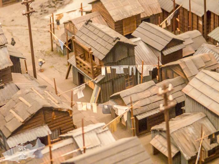 同潤会アパート的なものを作るのに、古い住宅環境がいかに劣悪化を、このような模型を作ってアピールしたそうです