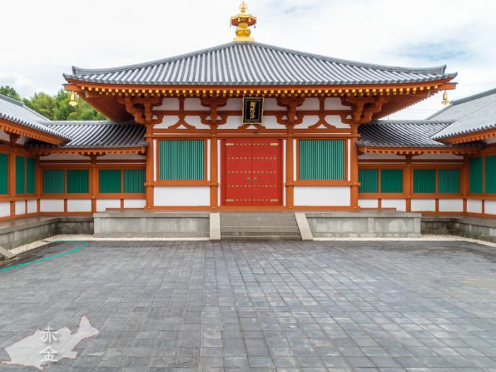 法隆寺の仏像でもう一つ有名な百済観音像を修めるための百済観音堂/平成10年完成