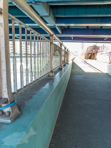 南開橋の下